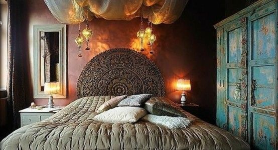 Color palette. 48-Refined-Boho-Chic-Bedroom-Designs-with-brown-wall ...