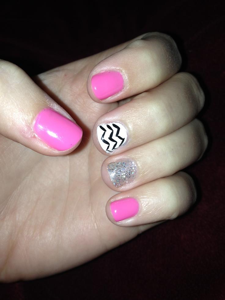 25 shellac nails at Mohegan Naildesign included! In Omaha, NE