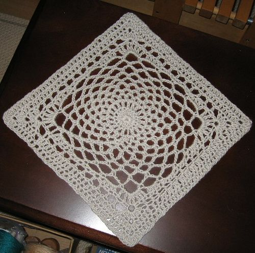 Dream Catcher square   by Sherry Welch. Free pattern.