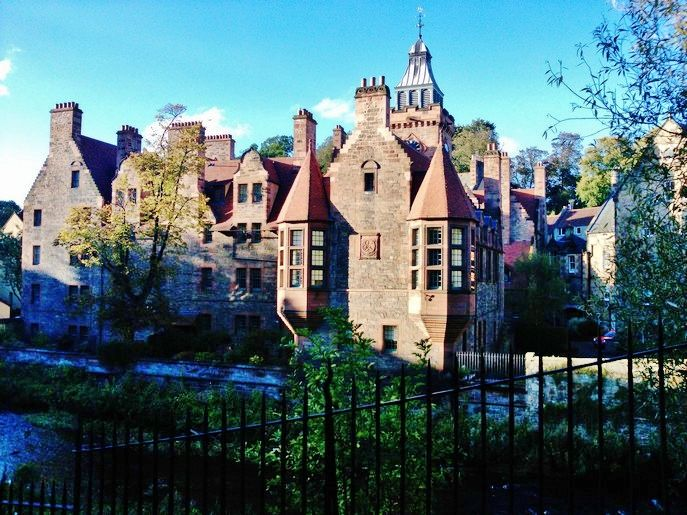 travel guide edinburgh