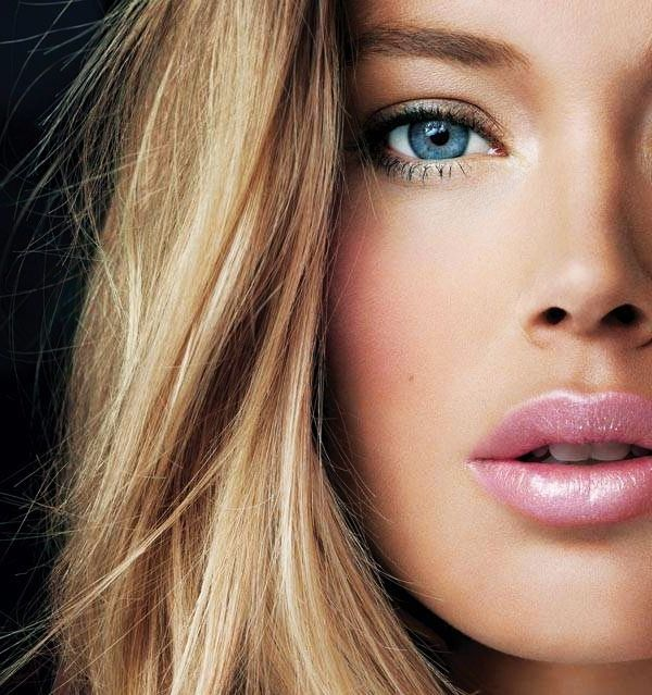 the peach blush, the pink lip gloss, blue eyes and blonde compliment each other perfectly.