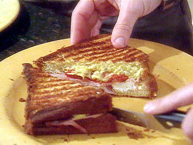 Picture of PLT - Pancetta, Lettuce and Tomato Sandwich Recipe