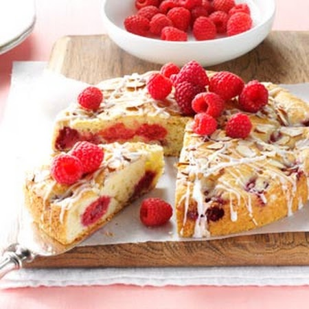 Raspberry Almond Coffee Cake Recipe | Yummy Goodies | Pinterest