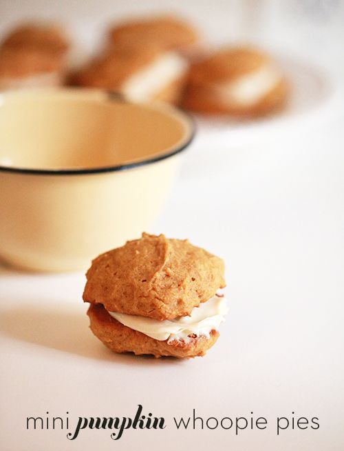 Mini Pumpkin Whoopie Pies | Trick or Treat | Pinterest