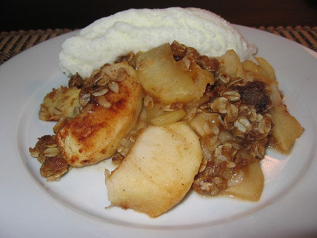 Apple Crisp with Amaretto.....Are you kiding me? Amaretto is an almond ...