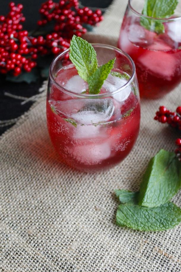 shrub spritzer strawberry rose spritzer a berry minty spritzer simple ...
