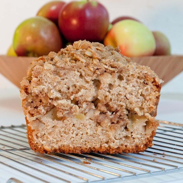 apple crumble loaf | Favorite Recipes | Pinterest