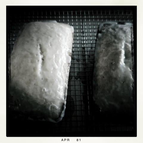 Lemon pound cake | Black and White Photographs | Pinterest