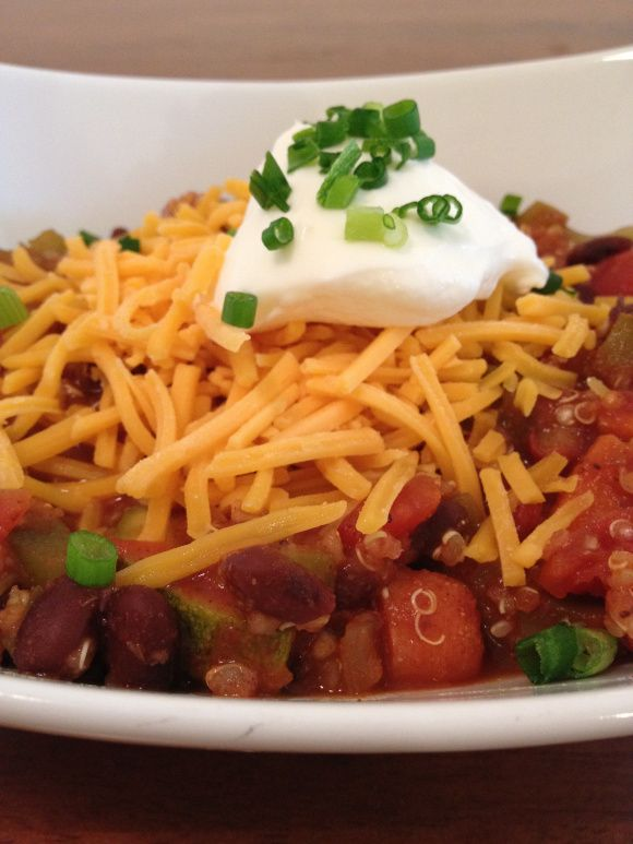 Vegetarian Quinoa Chili-use vegetable broth instead of water to cook ...