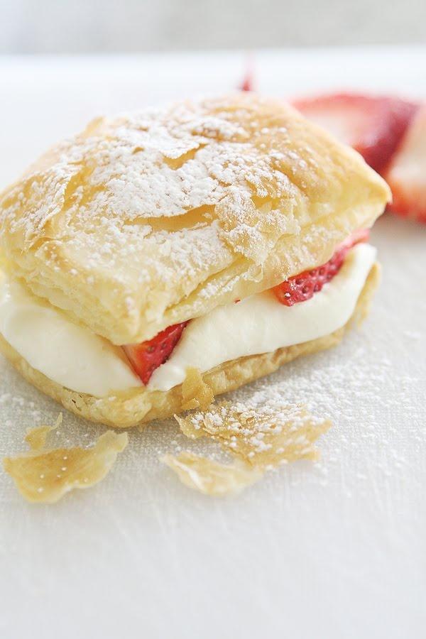 Ericas Bloggity Blog: {Valentines + a treat} Strawberry napoleon