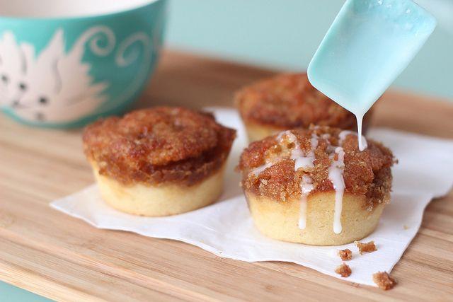Easy Cinnamon Roll Muffins by jigginjessica, via Flickr