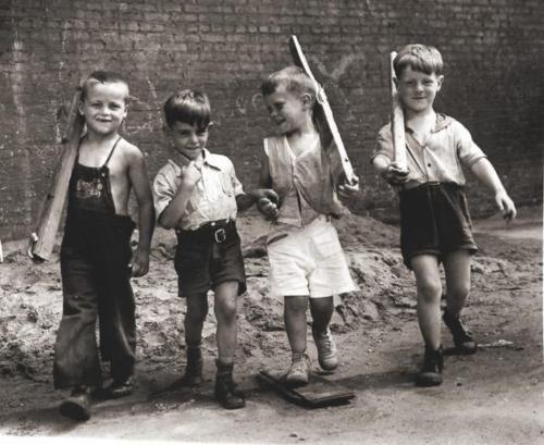 Arthur Leipzig  Marching Boys, 1943