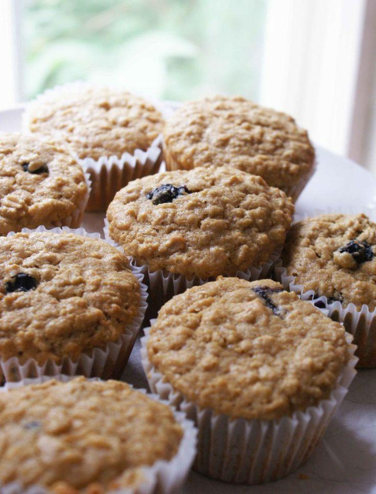 Gluten Free Oatmeal & Quinoa Blueberry Muffins. yum @Laura Scott Knaak