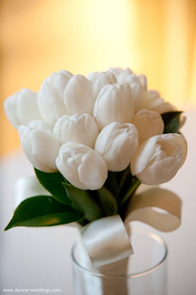 white tulip bouquet | wedding | Pinterest