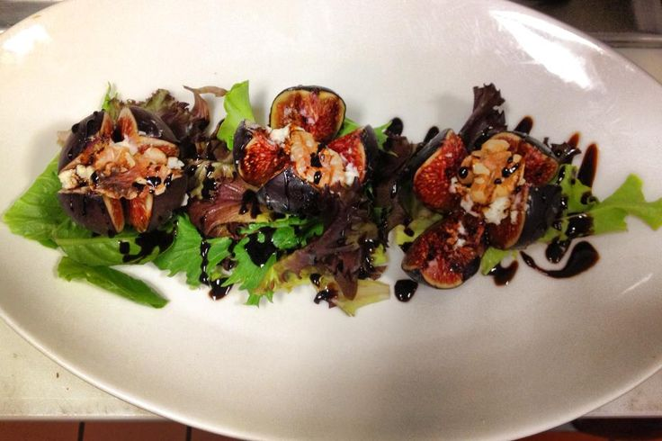 stuffed figs with goat cheese, walnuts and a reduced balsamic glaze