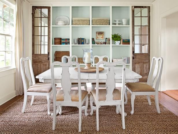 Everyday dining room table decor photograph bookcase with for Everyday dining room centerpieces