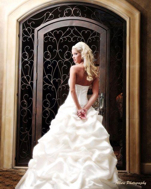 Wedding Poses: Dream Wedding Ideas