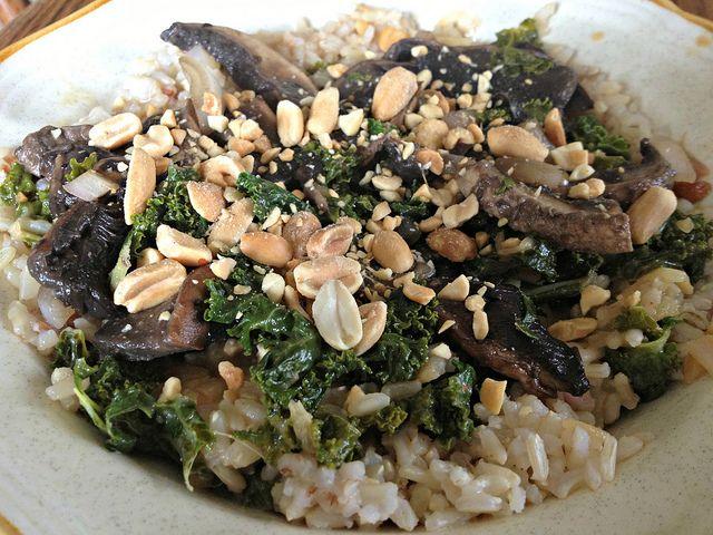 Spicy Peanut Portobello Kale Rice Bowl