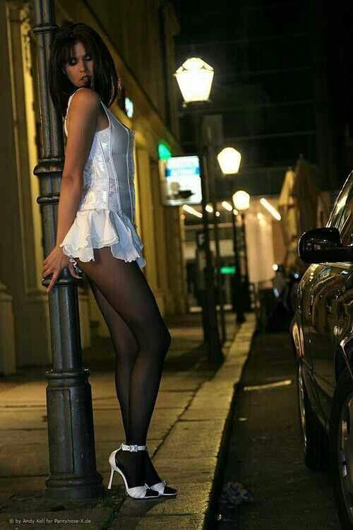 Upskirt and downblouse xxx