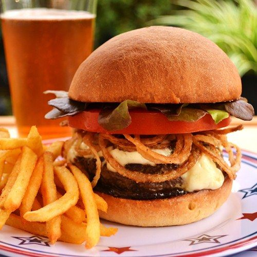 Red white and blue burger | Food, the way to my heart | Pinterest
