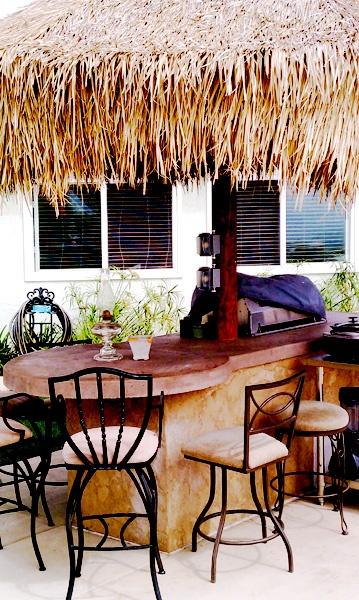 Backyard Tiki Bar Ideas : tiki bars