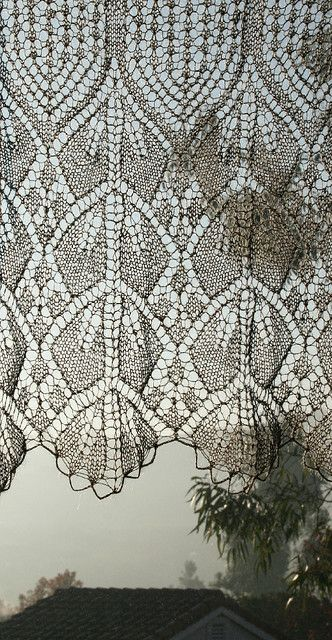 Free Knitting Patterns Lace Panels : elegant knitted lace curtain