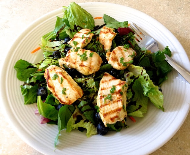 Sweet Balsamic Blueberry Grilled Chicken Salad