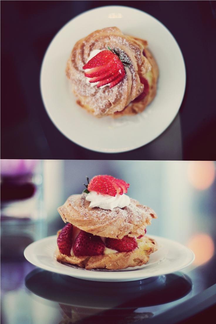 Strawberry cream-puff. | CREAMPUFFS | Pinterest