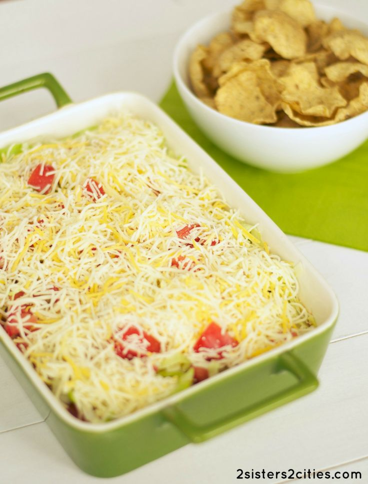 Taco Dip- a classic (and easy!) dip recipe for entertaining