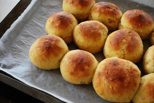 sweet potato rolls | Eat This - Breads, Pastas (Veg) | Pinterest