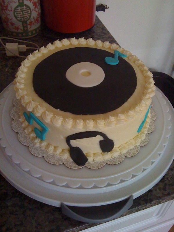 Music theme cake. Random cake ideas Pinterest
