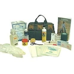Things in a horse first aid kit 0929