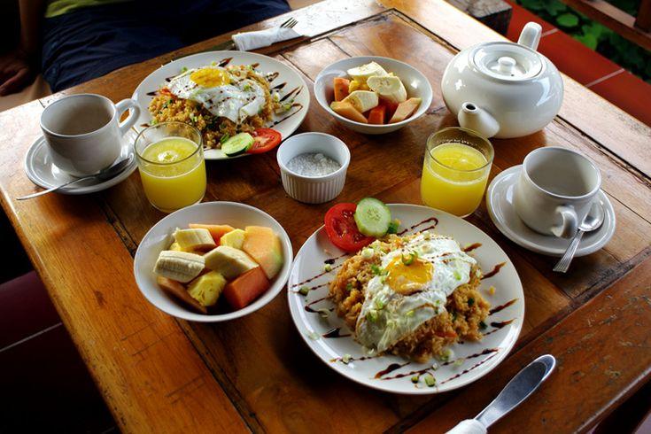 tropical-bali-hotel-indonesian-breakfast-big.jpg (800