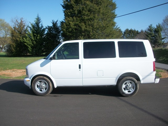 2005 chevy astro van for sale autos post. Black Bedroom Furniture Sets. Home Design Ideas