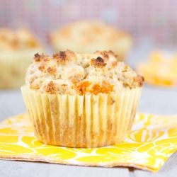 Cornmeal and ground cherries muffins | Galletas pasteles y dulces | P ...