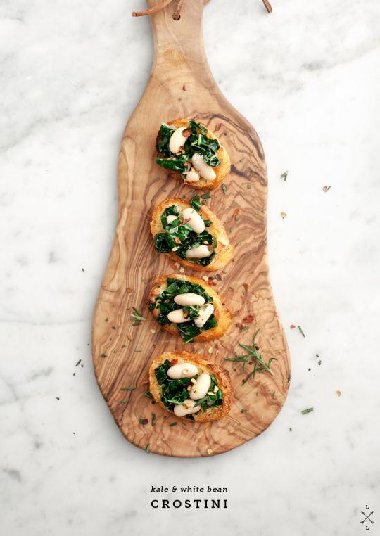 Kale & White Bean Crostini | Finger Food | Pinterest