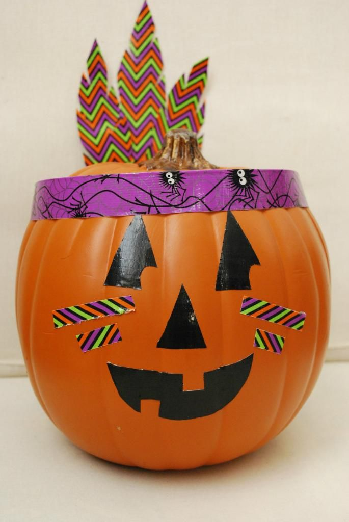Decorate your Jack-o-Lantern the easy way! With Duck Tape!! via The Shabby Nest