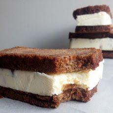 Carrot Cake Ice Cream Sandwiches #carrot #cake #icecream #sandwich