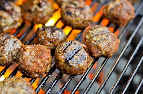 Grilling: Barbecue Meatballs | dinner | Pinterest