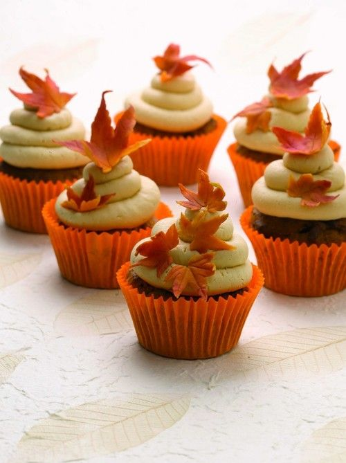 Fall cupcakes yumyyy pinterest for Fall cake ideas