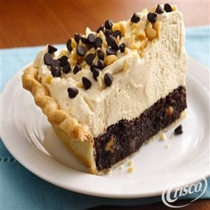Mile-High Peanut Butter-Brownie Pie from Crisco