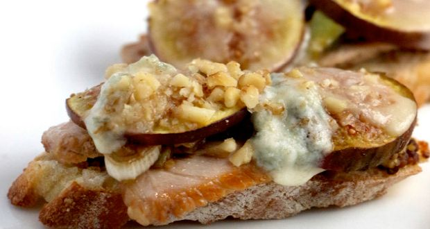 Pork, Fig & Gorgonzola Crostini | Recipes | Pinterest