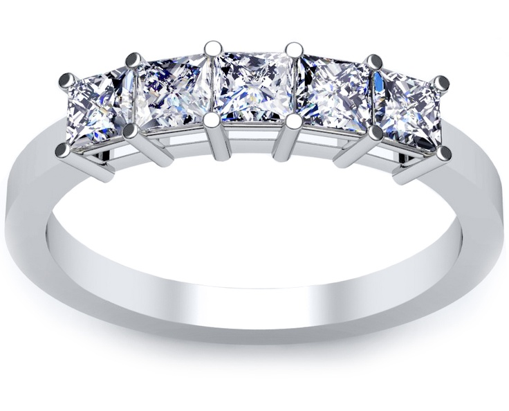 ring with princess cut diamonds. The total carat weight of this ring ...