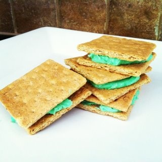 Graham cracker sandwiches! | Cooking with Kids/Recipes | Pinterest