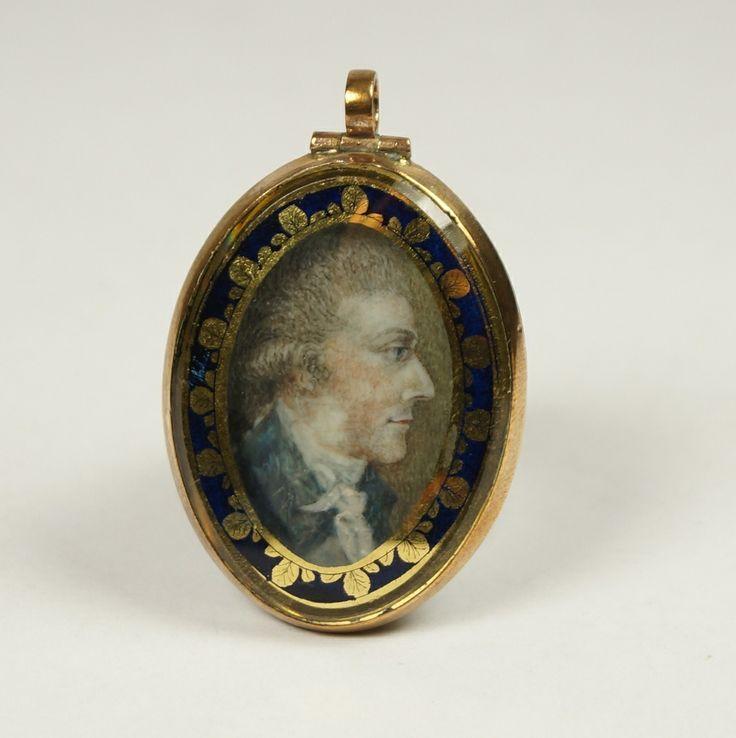 Handsome antique english georgian miniature portrait locket circa 1770