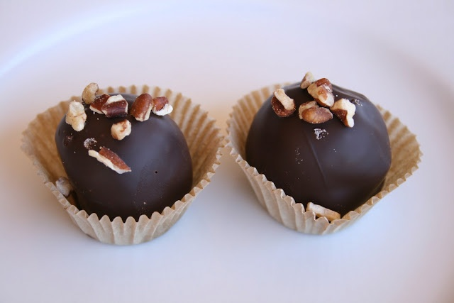 Pecan Pie Truffles | Sweet Treats | Pinterest