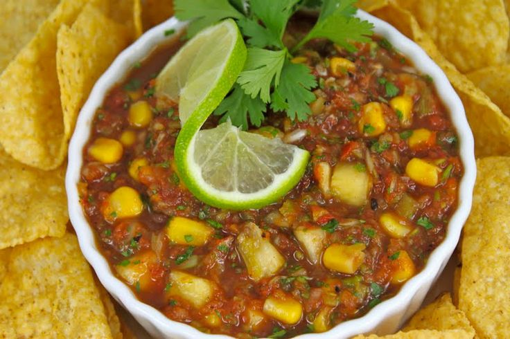 Fire-Roasted Salsa with Fresh Corn and Pineapple - thecafesucrefarine ...