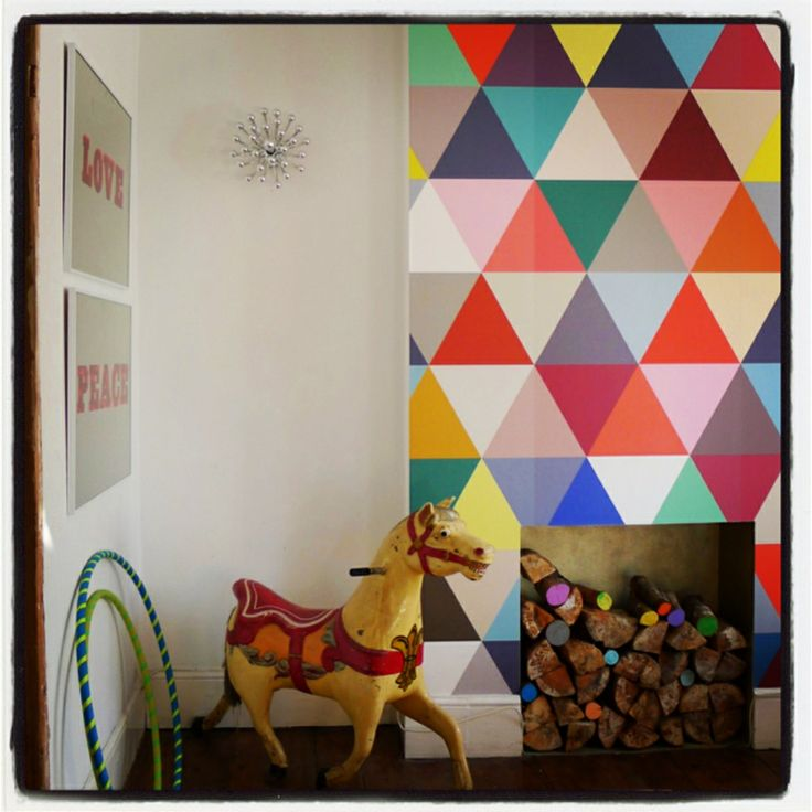 Commy Kids Room : shot from my old living room - with logs painted in my Olive Loves ...
