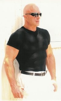 Andreas Cahling, age 49. Vegetarian bodybuilder! Awe Inspiring at any age... Dr. Victor L. Dees, DC