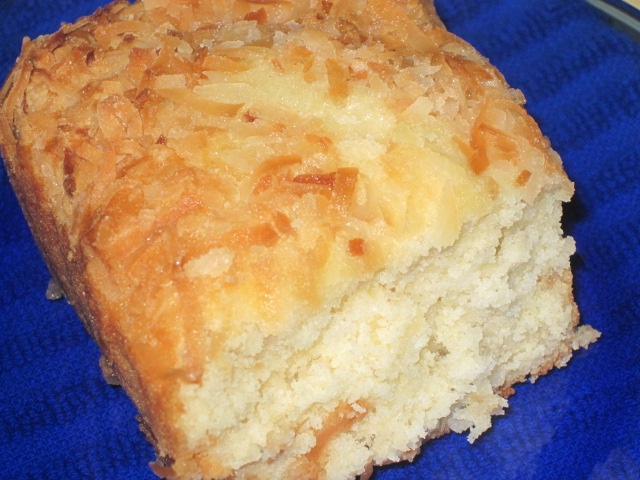 Coconut Pineapple Bread - I just can't get off the coconut & pineappl...